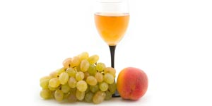 Peach brandy and grapes